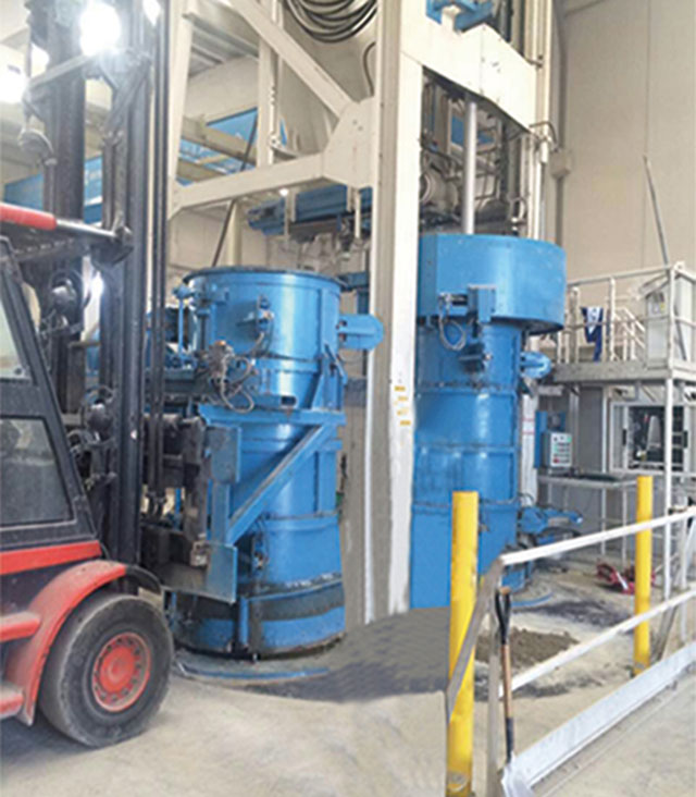 Independent research and development of radial extrusion pipe machine by Zhongyi construction machine