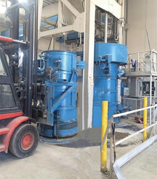 Radial extrusion pipe making machine